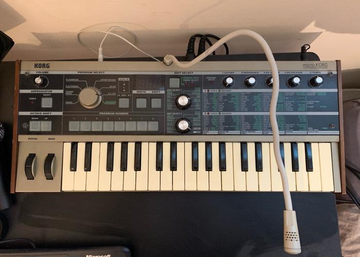 MicroKorg Synthesizer & Vocoder - 37 Keys - 1
