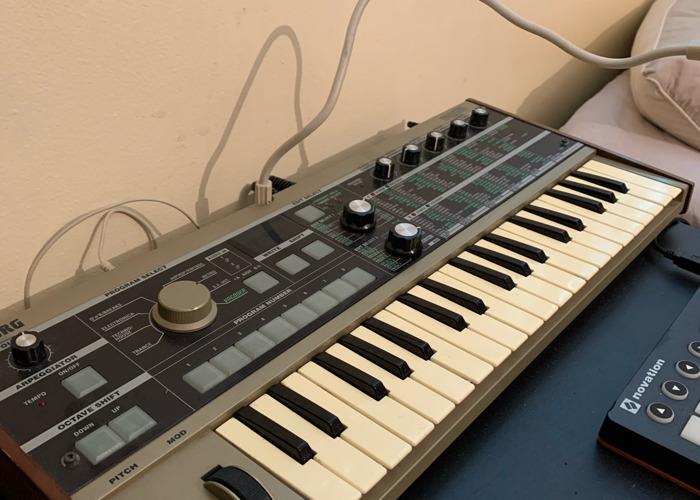 MicroKorg Synthesizer & Vocoder - 37 Keys - 2