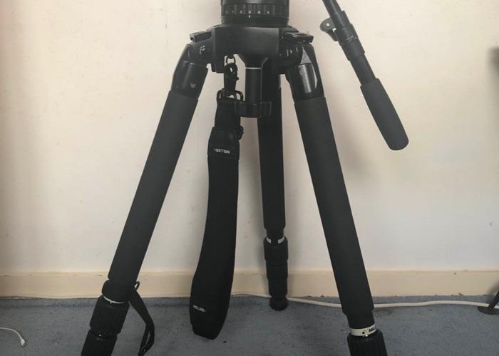 Miller Tripod : Solo CF legs and Compass 25 Fluid Head - 1