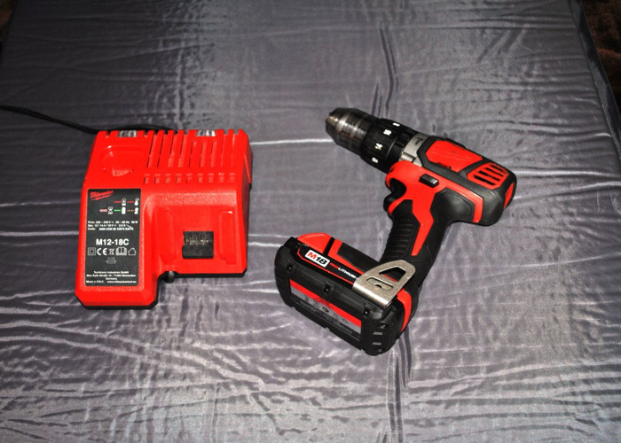 Milwaukee 18V Compact Percussion Drill - 1