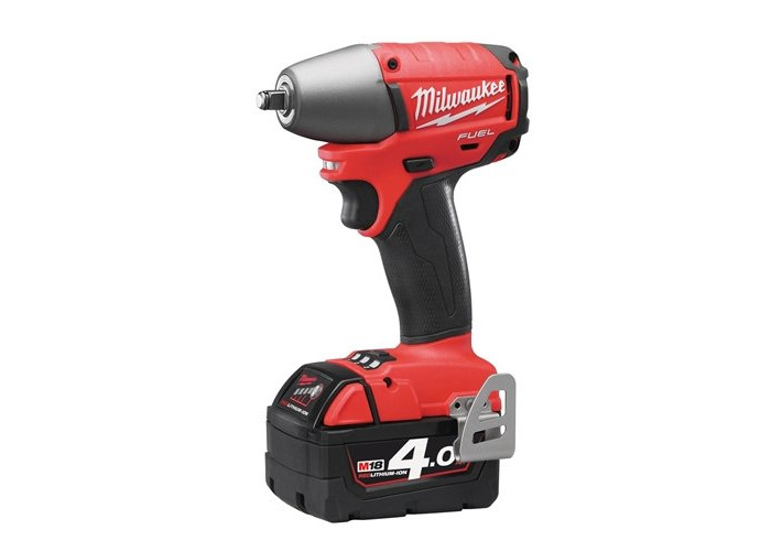 Milwaukee M18CHIWP12-402C 1/2-inch Fuel High Torque Impact Wrench - 1