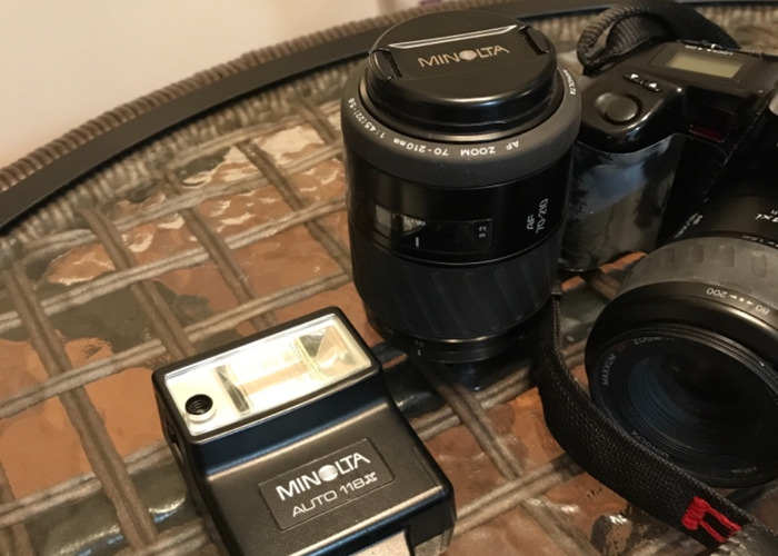 Minolta 5000i Set with Two Lenses and Flash - 2