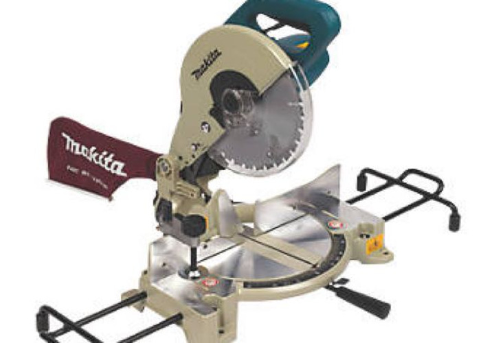 Mitre saw - Makita - 1