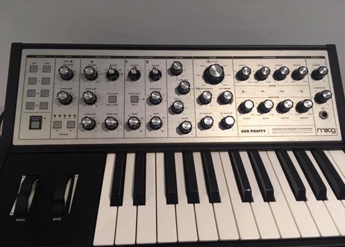 Moog Sub Phatty Bass Synth - 2