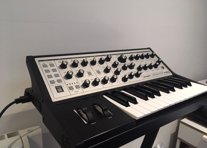 Moog Sub Phatty Bass Synth - 1