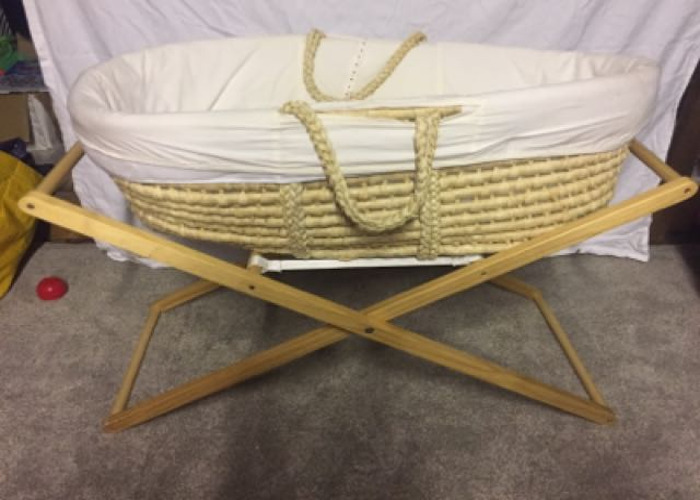 Moses Basket & Stand & Bedding  - 1