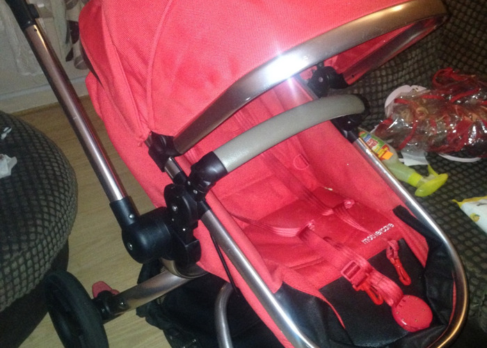 Sistema de viaje Orbe de Mothercare - 2