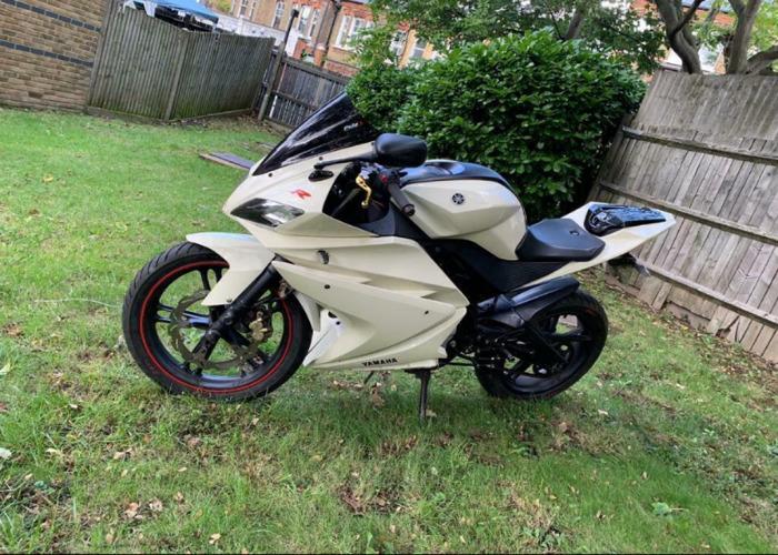Motorbike yzf r125 - 1