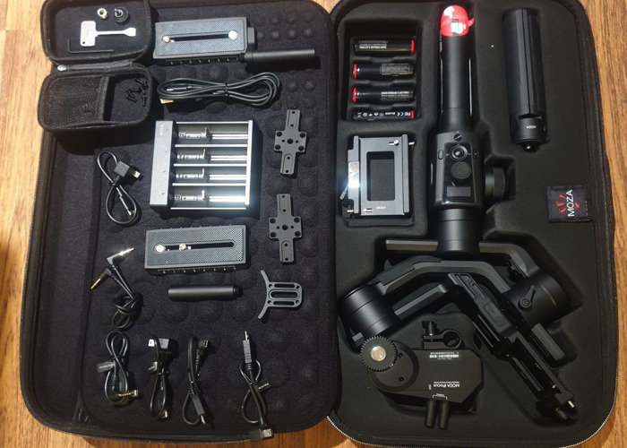 Moza Air 2 with iFocus and BMPCC 4K charger cable if needed - 1
