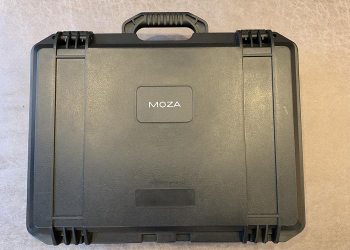 Moza Air 3-axis Gimbal - 1
