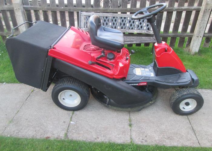 MTD Ride on lawnmower - 2