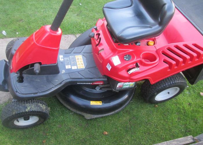 MTD Ride on lawnmower - 1