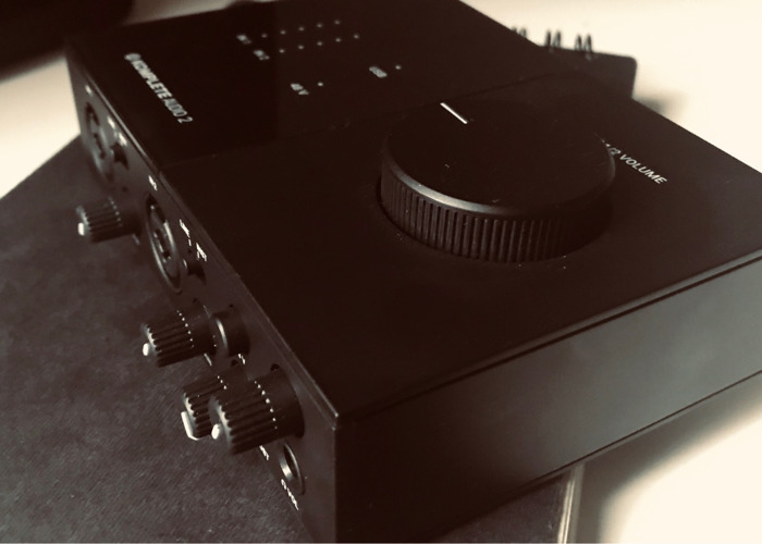 Native Instruments Komplete Audio 2 Interface - 2