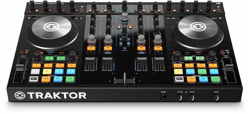 Native Instruments Traktor S4 Digital DJ Controller - 1