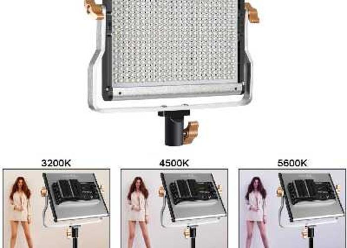 Neewer 2 pack dimmable video light + 4 x 8800mah batteries. - 2