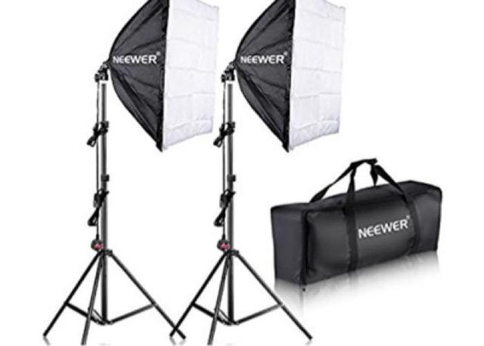 "Neewer 700w 24""x24"" Profesional Photography SoftBox - 1"
