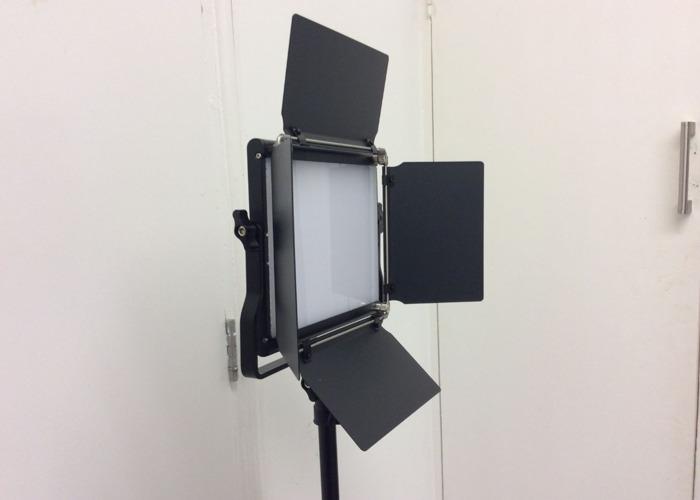 Neewer Lights LED Studio Photography Video Film panel - 1