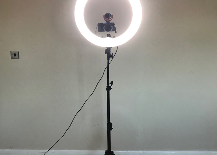 """Neewer Ring Light Dimmable 18"""" 75W w/ Case - 1"""