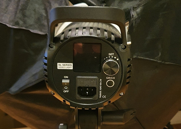 2 X Neewer SL60  - 2