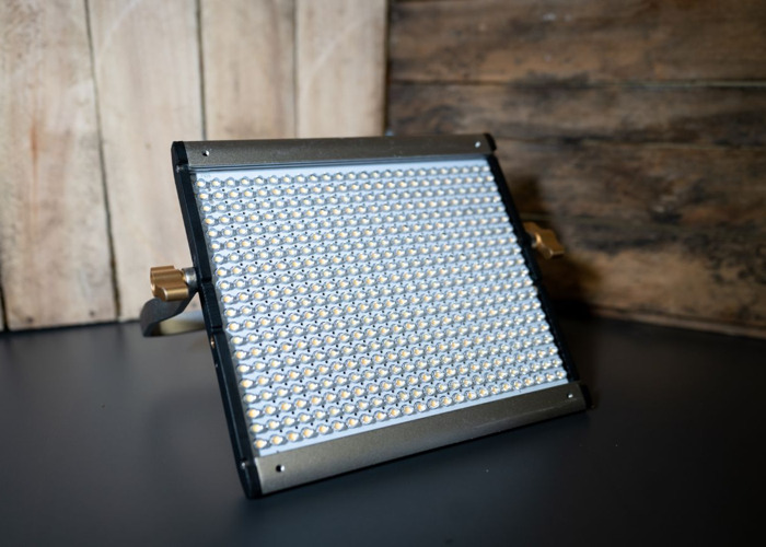 Neewer Square LED  - 1