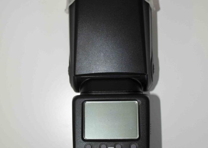 NEEWER TT660 Speedlite Flash Light - 2