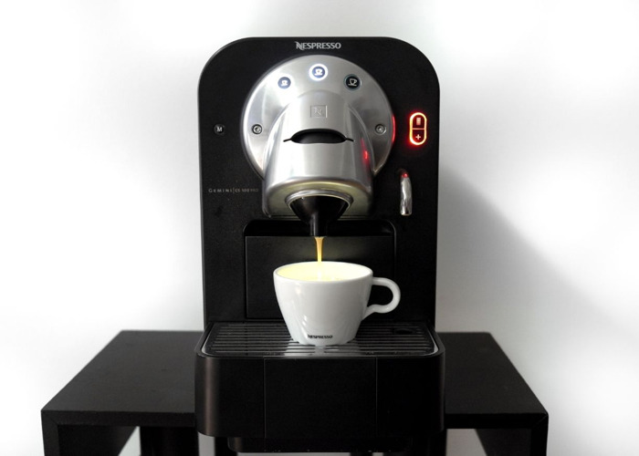 Nespresso Gemini Professional Coffee Machine CS100 Capsule - 2