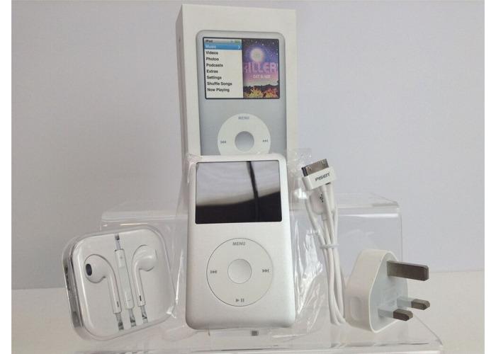 Buy NEW! Apple iPod Classic 7th Generation Silver (160GB