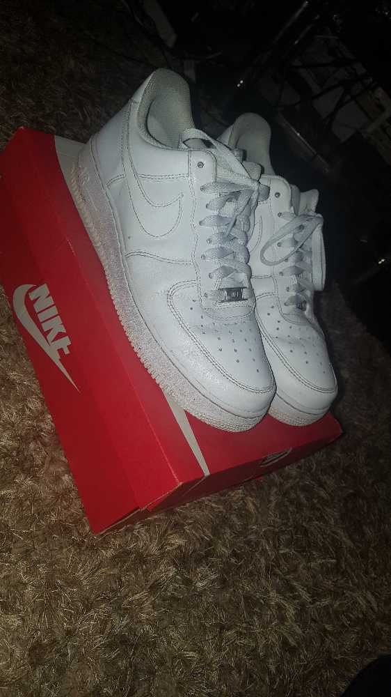 Nike Air Forces white size 8.5 - 1