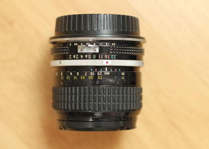 Nikon Nikkor 85mm f2 Ai  - 1
