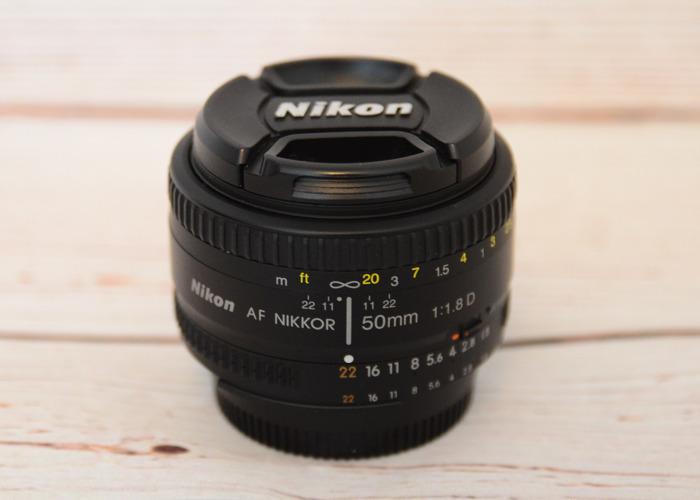 Nikkor 50mm F/1.8 D - 1