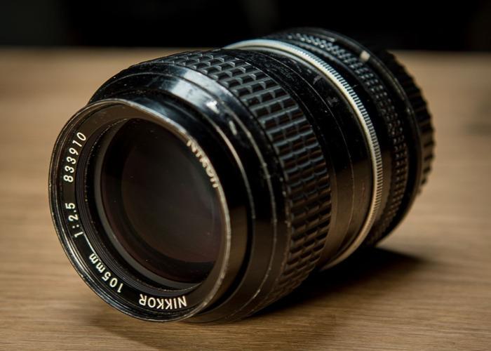 Nikon 105mm f2.5 Lens - 2