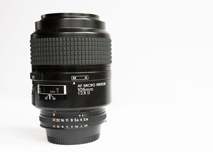 Nikon 105mm Micro (Macro) f2.8D  - 1