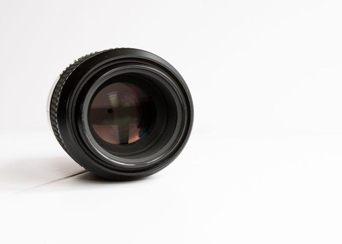 Nikon 105mm Micro (Macro) f2.8D  - 2