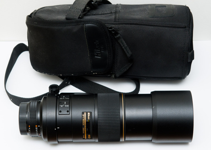 Nikon 300mm telephoto f/4 lens D ED - 1