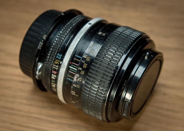 Nikon 85mm f1.8 Lens - 1