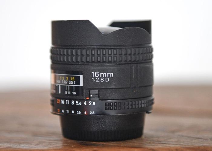 Nikon AF Fisheye 16mm f/2.8D - 2