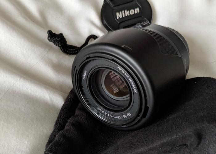 Nikon AF-S DX NIKKOR 55-200mm f4-5.6G Zoom Lens - 1