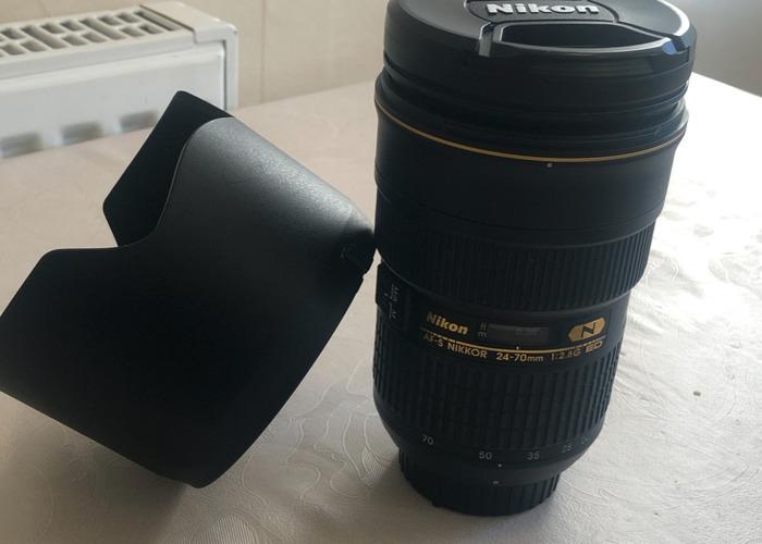 Nikon AF-S Nikkor 24-70mm f/2.8G ED - 2