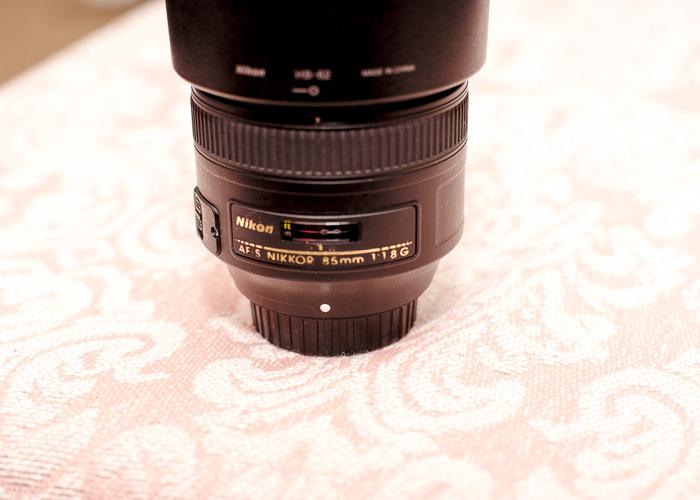 Nikon AF-S NIKKOR 85mm f/1.8G Lens, Portrait Lens - 2