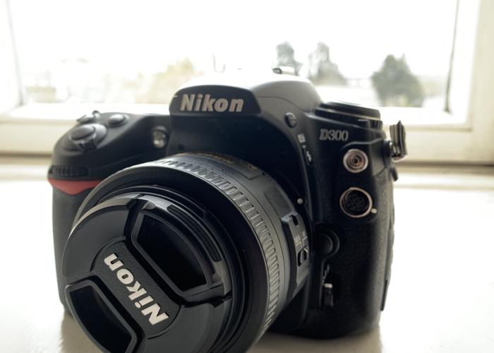 Nikon D300 - 1