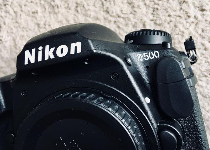 Nikon D500 + 17-50mm F2.8 + Grip + 2Batteries - 2