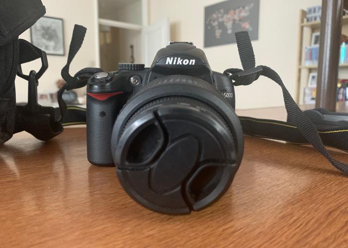 Nikon D5000 - 1