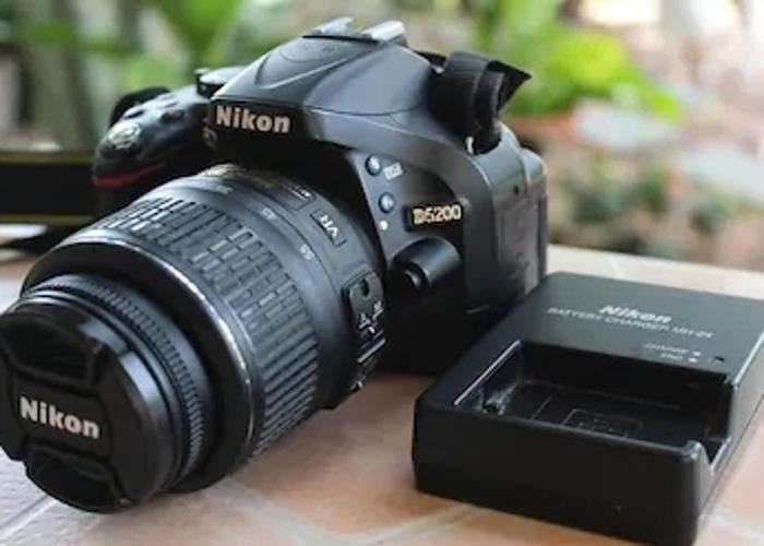 Nikon D5200 - 2