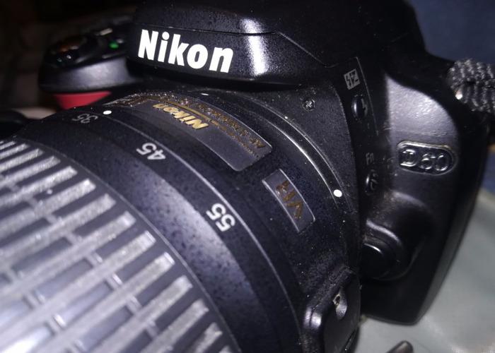 NIKON D60 Digital SLR Camera: Black (AF-S DX Nikkor 18 - 55) - 1
