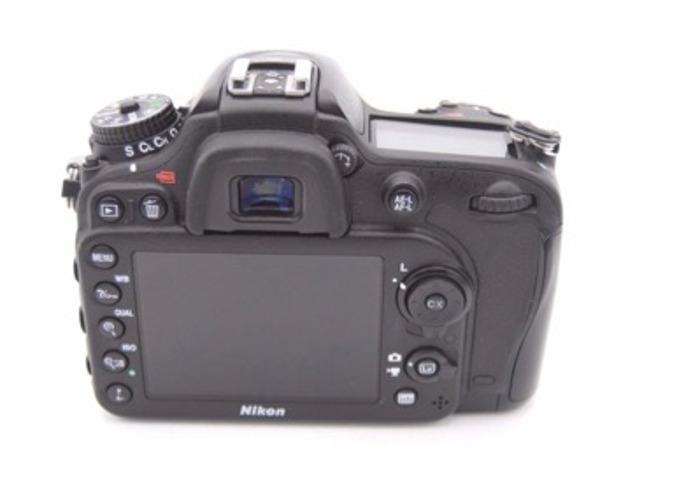 Nikon D7200  - 2