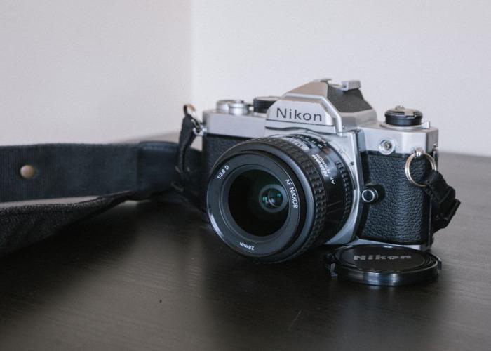Nikon FM 35 mm SLR / w 28 mm f2.8 - 1