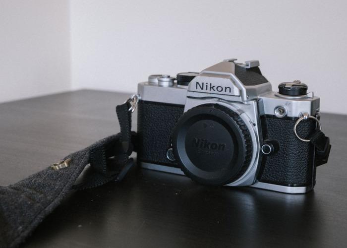 Nikon FM 35 mm SLR / w 28 mm f2.8 - 2