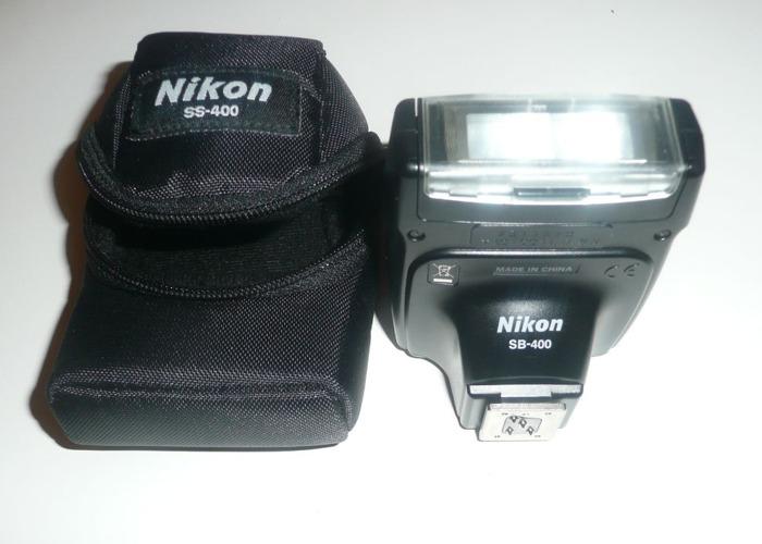 Nikon SB-400 flashgun - 1