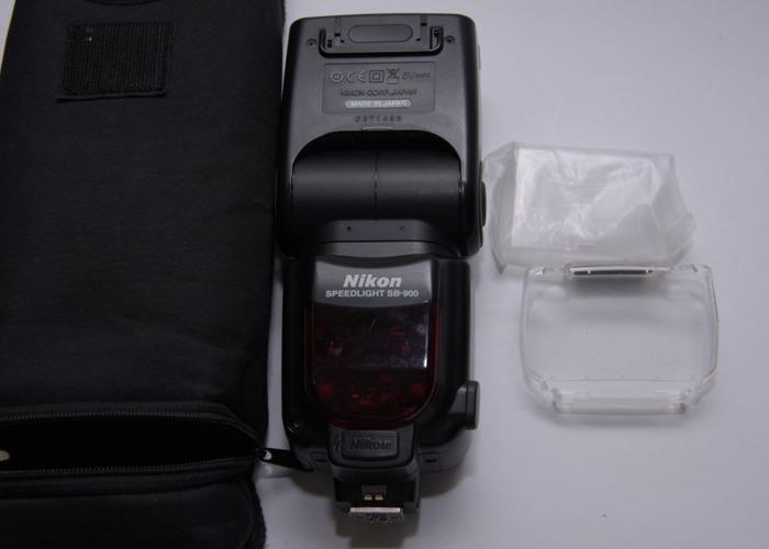 Nikon SB-900 Speedlight Flashgun - 1