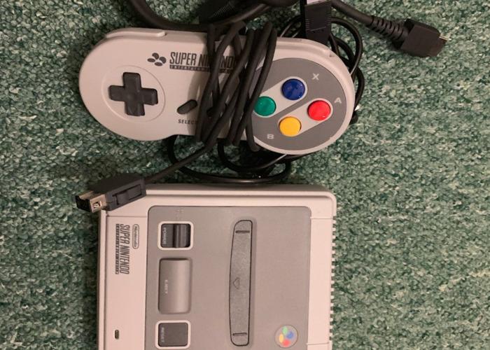 Nintendo Classic Mini Super Nintendo  - 2